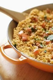 10 One Pot Wonders. 10 One Pot Wonders: Little effort & easy meals all made in 1 pot! How To Cook Rice, Food To Make, Comfort Foods, One Pot Dinners, Rice Dinners, Food Porn, Cooking Recipes, Healthy Recipes, Simple Recipes