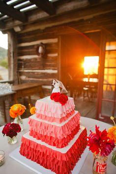 gorgeous #weddingcake by decadenceweddingcakes.com