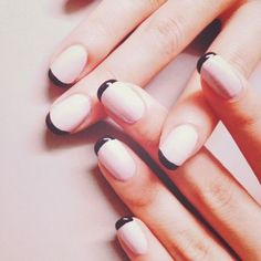 pale pink nails with dark tips