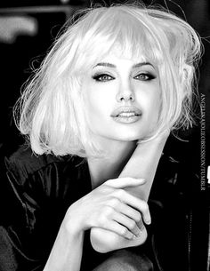 Angelina Jolie's natural hair color is blonde. Her mother started dying her hair brown when she was 4 years old.