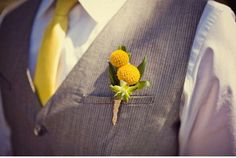 #groomsmen #boutoniere #billybuttons