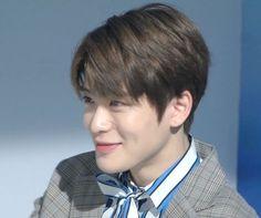 """calling him screencap king from now on"" Taeyong, Nct 127, Nct U Members, Jung Yoon, Valentines For Boys, Jung Jaehyun, Jaehyun Nct, Winwin, Boyfriend Material"