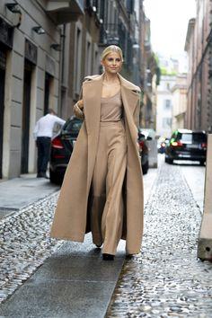 European Street Style, Spring Street Style, Street Style Looks, Looks Style, European Fashion, Street Style Women, Spring Fashion Trends, Winter Fashion Outfits, Cool Street Fashion