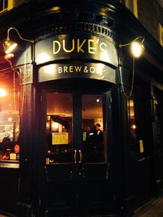 Dukes Brew and Que: BBQ food and meat feast