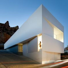 This modern Spanish architecture in Ayora boasts a design that's just as idyllic as its setting. Designed by Fran Silvestre Arquitectos, this white Modern Architecture Design, Spanish Architecture, Minimalist Architecture, Modern House Design, Interior Architecture, Landscape Architecture, Modern Prefab Homes, Mansions Homes, My House