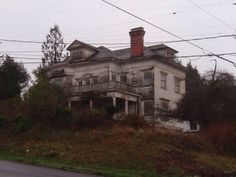 abandoned mansions pa | Flavel House, completed in 1901 by George Flavel, this place housed ...