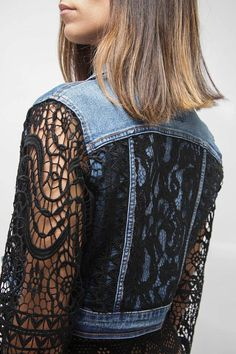 Cropped BOHO Denim Jacket Black lace Cover / Lace appliques / Boho Inspired Vintage Reworked jeans j Mode Outfits, Denim Outfits, Skirt Outfits, Cropped Denim Jacket, Denim Jackets, Women's Jackets, Mode Jeans, Vetement Fashion, Denim Ideas