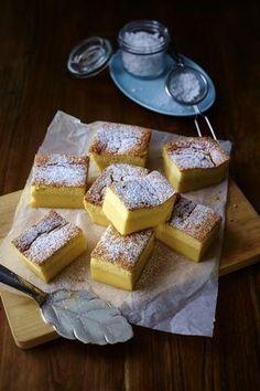 Zauberkuchen Rezept: Stücke,Butter,Milch,Eier,Salz,Puderzucker,Mehl,Zimt,Form,Backpapier,Alufolie