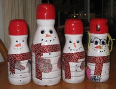 Snowmen with flavored creamer bottles! You could fill with candy or homemade chex mix. Christmas Sewing, Christmas Ideas, Christmas Crafts, Christmas Decorations, Xmas, Christmas Ornaments, Coffee Creamer Bottles, Homemade Chex Mix, Craft Projects