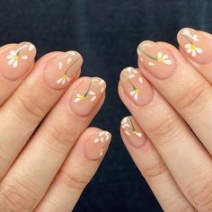 We've rounded up the hottest nail art designs in spring on your IG explore feed under one title. Keep scrolling to choose your next mani from the ultimate spring 2020 nail art trends list. Cute Acrylic Nails, Cute Nails, Pretty Nails, Blush Nails, Sophisticated Nails, Stylish Nails, Flame Nail Art, May Nails, Nagel Hacks