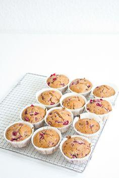 Raspberry Cornmeal Muffins (vegan, glutenfree)