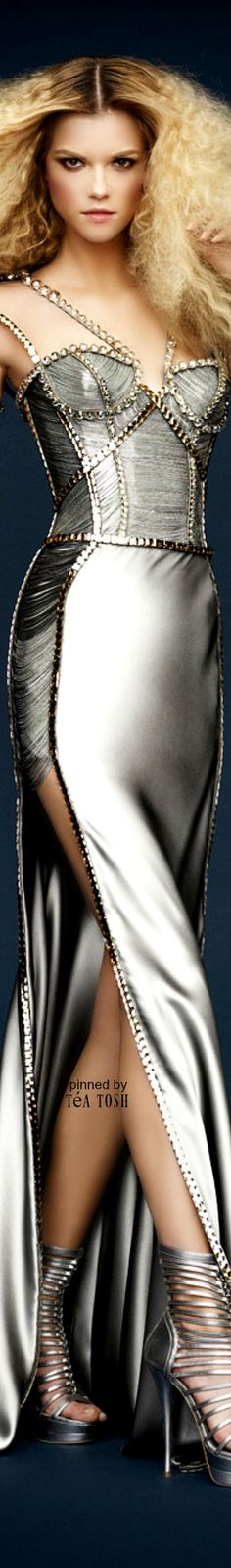 ❇︎Téa Tosh❇︎Atelier, Versace, Spring 2010                                                                                                                                                                                 More