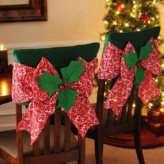 Our Red Poinsettia Chair Covers will add a burst of holiday cheer to your dining décor! With a slip design, this chair cover features a red bow & bell accents.Make Christmas entertaining easy with our Christmas kitchen decor. Christmas Sewing, Felt Christmas, Christmas Home, Handmade Christmas, Christmas Holidays, Christmas Crafts, Christmas Ornaments, Winter Holiday, Christmas Kitchen