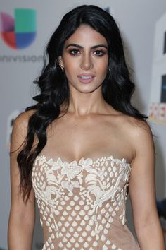 Emeraude Toubia Photos - Actress Emeraude Toubia attends the Univision's Edition Of Premios Juventud Youth Awards at Bank United Center on July 2016 in Miami, Florida. - Univision's Edition Of Premios Juventud Youth Awards - Arrivals Isabelle Lightwood, Beautiful Gorgeous, Gorgeous Women, Beautiful People, Latin Women, Wattpad, Cute Beauty, Young Models, Celebs