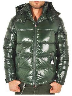Moncler - Abbigliamento - Giubbotti - Uomo - 403660568950875 - FASHIONQUEEN.NET    #Moncler #Duvet #Fashionqueen