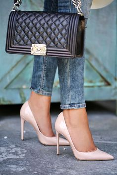 Chanel bag and Dolce Gabbana nude pointed heels for classical elegance. Stilettos, Nude Pumps, Stiletto Heels, High Heels, Hot Shoes, Shoes Heels, Jeans Heels, Nude Shoes, Pink Shoes