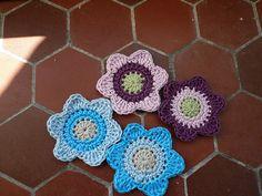 Ravelry: Flat Crochet Flower pattern by Penny Peberdy