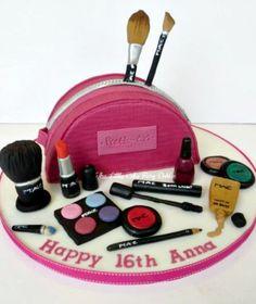 Mac Make Up Cake Birthday Cakes For Teens, My Birthday Cake, Shoe Box Cake, Spa Cake, Cake Templates, Girly Cakes, Make Up Cake, Dessert Decoration, Fashion Cakes