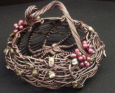 Cottage Basket by MaryTucker, via Flickr
