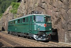 11411 SBB Historic Ae at Wassen, Switzerland by Georg Trüb Swiss Railways, Bonde, Electric Locomotive, Model Train Layouts, Model Trains, Switzerland, Diesel, Transportation, Shed