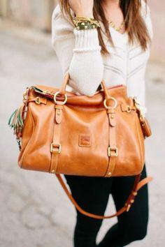 Sweater, skinny jeans, Dooney & Bourke purse and layered bracelets - bolsos de mujer Prada Handbags, Fashion Handbags, Purses And Handbags, Fashion Bags, Leather Handbags, Black Handbags, Satchel Handbags, Vintage Handbags, Fashion Purses
