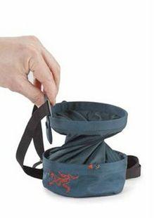 Arc'teryx Aperture Chalk Bag @trekitt http://www.trekitt.co.uk/7298/products/arcteryx-aperture-chalk-bag-large-yahto.aspx