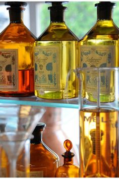 The first luxury Parfumeur in France, the prestigious House of Galimard, opened its doors in Grasse in 1747 and is universally considered the fragrance capital.  For 266 years, its Perfumers or Creators have consistently endeavored to express their love of Fine Fragrance