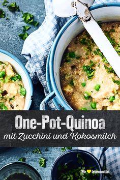 Durch die Kokosmilch wird unser Rezept für One Pot Quinoa mit Zucchini, Erbsen und Kokosmilch lecker cremig und ist ganz schnell gekocht – und das in nur einem Topf. #edeka #onepot #quinoa #vegan #rezept Quinoa Zucchini, Quinoa Vegan, Tofu, Curry, Ethnic Recipes, Mint, Vegane Rezepte, Meal, Food And Drinks