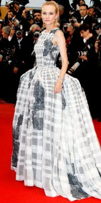 A dream team: Diane Kruger & Christian Dior. She always pulls this look off so well.