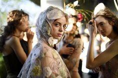 #NewsBazaar La la diseñadora italiana Maria Grazia Chiuri presenta nuevamente la colección de Alta Costura Primavera/Verano 2017 de Christian Dior en la azotea del Ginza Six de Tokio en Japón y la modelo mexicana Mariana Zaragoza es una de las protagonistas del desfile. #BazaarMx #HarpersBazaarMx #ThinkingFashion  via HARPER'S BAZAAR MEXICO MAGAZINE OFFICIAL INSTAGRAM - Fashion Campaigns  Haute Couture  Advertising  Editorial Photography  Magazine Cover Designs  Supermodels  Runway Models