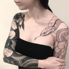 Amazing Snake Tattoo Designs - Wormhole Tattoo 丨 Tattoo Kits, Tattoo machines, Tattoo supplies Asian Tattoo Girl, Asian Tattoos, Back Tattoos, Body Art Tattoos, Girl Tattoos, Sleeve Tattoos, Asian Tattoo Sleeve, Tattoo Sleeves, Serpent Tattoo