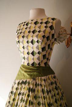 Xtabay Vintage Clothing Boutique - Portland, Oregon: Autumn Jewels