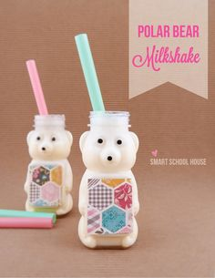Vanilla Polar Bear Milkshake- absolutely adorable for a winter treat! #kidscrafts #polarbear #kidsfoodideas #milkshake