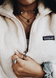 Trendy How To Wear Necklaces Ideas Beautiful Ideas Diy Outfits, Fall Outfits, Casual Outfits, Preppy Winter Outfits, Casual Winter, Casual Wear, Cute Fashion, Teen Fashion, Fashion Outfits
