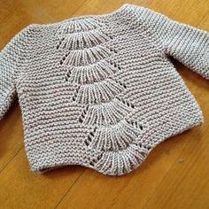 yarn - in garter stitch, incredibly smooshy. 29 may - knitting done! 28 may - second sleeve done. 27 may - one sleeve done, 20 ridges 26 may - have knit 18 garter ridges of first sleev. Baby Cardigan Knitting Pattern Free, Knitting Patterns Free, Knitting For Kids, Baby Knitting, Knitted Baby, Baby Barn, Knit Baby Sweaters, Matilda, Garter Stitch