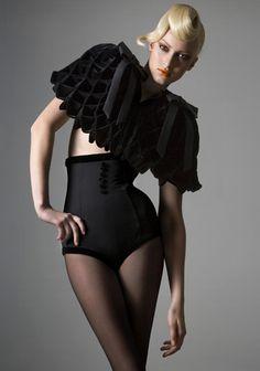 Frou Frou Fashionista - Luxury Lingerie Blog for Faire Frou Frou