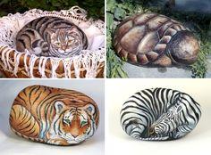 Animal portraits painted on rocks pebble stone, stone art, rock decor, stic Pebble Painting, Pebble Art, Stone Painting, Rock Painting, Stone Crafts, Rock Crafts, Pebble Stone, Stone Art, River Stones
