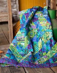 ~free pattern~ Fragmented Triangles quilt by Liza Prior Lucy.  Kaffe Fassett | Westminster Fabrics