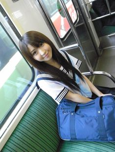 #女子高生#JK#JC#制服#セーラー服 School Uniform Girls, Girls Uniforms, High School Girls, College Girls, Beautiful Japanese Girl, Beautiful Asian Girls, Kawaii, Cosplay, Girls Gallery