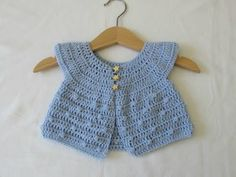 Baby Knitting Patterns Sweter How to crochet a baby bobble stitch cardigan / sweater Crochet Baby Sweaters, Crochet Baby Cardigan, Crochet Baby Clothes, Newborn Crochet, Sweater Cardigan, Crochet Girls, Cute Crochet, Crochet For Kids, Knit Crochet