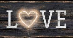 Csináld magad dekoráció Valentin napra FlexLED-szalaggal. #paulmann #paulmannlighting #diydecorations #diydecor #diy #diyhomedecor #diydekorációk #csináldmagad #csináldmagadötletek #csináldmagaddolgok #led #ledstrip #ledszalag #love #szerelem Led, Movie Posters, Home Decor, Decoration Home, Film Poster, Room Decor, Popcorn Posters, Film Posters, Posters