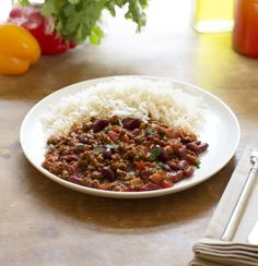 Try this healthier, low fat Chilli Con Carne recipe for a tasty take on a classic. Enjoy a low calorie vegetarian version of with Quorn Meat Free Mince. Vegetarian Chilli Con Carne, Chilli Con Carne Recipe, Chilli Recipes, Quorn Recipes, Veggie Recipes, Vegetarian Recipes, Healthy Recipes, Veggie Meals, Veggie Food