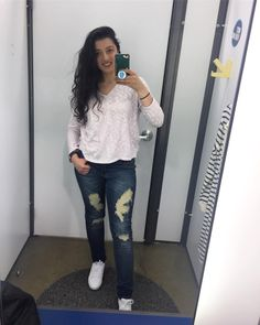 Just a basic girl in a basic world  ...no but on a real note I just threw on some comfy clothes to go shopping: Ripped jeans (sorry I dont remember where they were from.) white @puma sneakers  and this v-neck quarter sleeve from @oldnavy  Ps. Someone give me mirror pic tips!  #mirrorselfie #mirrorpic #ootd #outfitoftheday #gorgeousgal #gorgeousgalblog #oldnavy #puma #rippedjeans #americanstyle #americangirl #casualstyle #arabgirl #selfie #fashionblogger #igstyle #styleblogger #shopaholic…