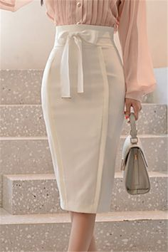 Girly Outfits – Page 8173868105 – Lady Dress Designs Satin Pencil Skirt, Pencil Skirt Casual, Pencil Skirt Outfits, High Waisted Pencil Skirt, Pencil Skirts, Pencil Dresses, Girly Outfits, Chic Outfits, Boho Dress