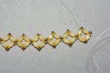 Free Beading Project: Renaissance Diamond Chain Collar - Beading Instructions - Beading Daily