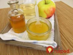 Acne impacts young adults as well as grownups alike. Discover the acne treatment mistakes holding you back from a clear skin. Vinegar For Acne, Vinegar And Honey, Home Remedies For Acne, Acne Remedies, Apple Cider Vinegar For Hair, Bebidas Detox, How To Get Rid Of Acne, Grow Hair, Meat Rubs