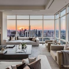 """Luxury living in New York. Rate this penthouse . Reposting … ""Luxury living in New York. Rate this penthouse from – Fol Apartment View, Dream Apartment, Apartment Living, Nyc Apartment Luxury, Penthouse Apartment, City Apartment Decor, Seattle Apartment, New York City Apartment, Manhattan Apartment"