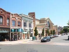 Rua principal da Cidade. # Salinas, Califórnia. USA.