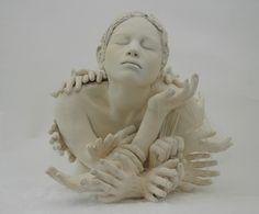 Top 10 des céramiques un peu creepy de Ronit Baranga