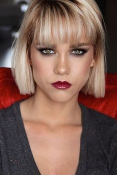 Blunt Bob Hairstyles, Hairstyles With Bangs, Hairstyle Ideas, Medium Hair Styles, Short Hair Styles, Chin Length Hair, Bobs For Thin Hair, Corte Bob, Red Hair Color